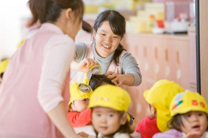 詳細求人情報1(派遣社員) 【東京都 調布市(国領駅)】 先生達は全園児の名前も憶えているくらいこじんまりとした小規模な幼稚園での保育補助 ◎次年度正規職登用の途もあります。 [有限会社サワダヒューマンワークス]