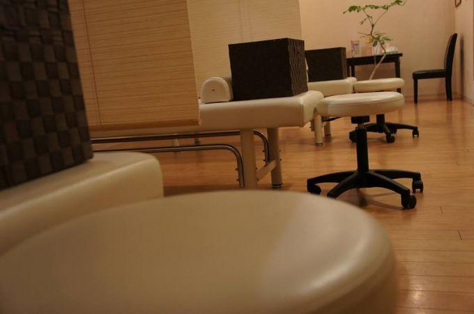 詳細求人情報1(アルバイト) Tuina Relax KYOMOMI<br /> 癒しを求めるお客様、健康を考えるお客様に、各種ボディケアやリフレクソロジーをおこなって頂くお仕事です。 [有限会社孝佑]